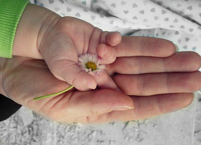 育児が辛いひと必見!育児ノイローゼの原因とおすすめの解消法【経験談】