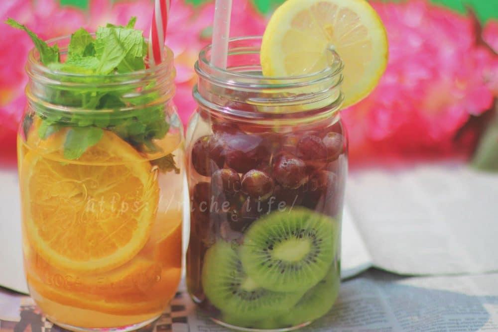 おしゃれに栄養補給*フルーツたっぷりデトックスウォーターの作り方